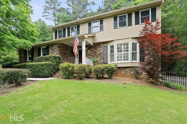 1450 Woodcrest Dr, Roswell, GA 30075 (MLS #8989855) :: The Huffaker Group
