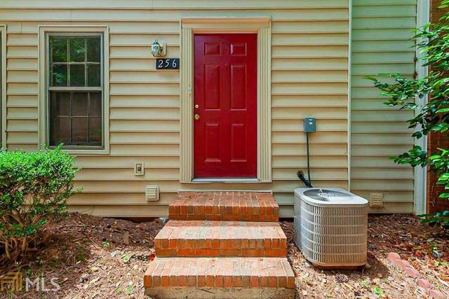 256 Chads Ford Way, Roswell, GA 30076 (MLS #8991117) :: Houska Realty Group