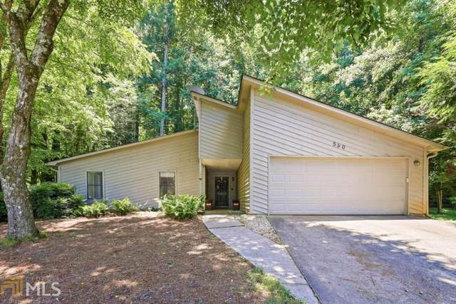 560 S Kimberly Ct, Roswell, GA 30076 (MLS #9002758) :: Tim Stout and Associates