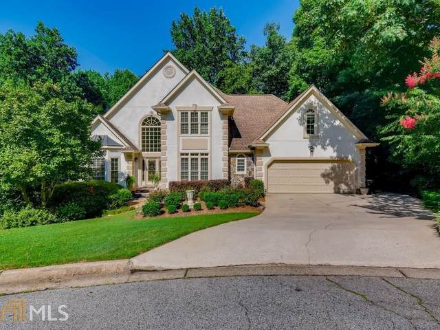215 Willow Brook Dr, Roswell, GA 30076 (MLS #9015106) :: Tim Stout and Associates