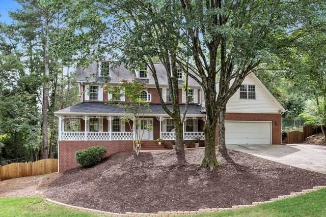 9179 Eves Circle, Roswell, GA 30076 (MLS #9042895) :: The Heyl Group at Keller Williams