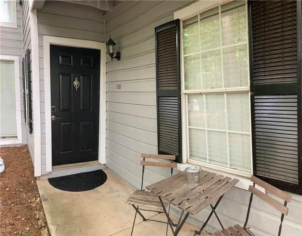 101 Natchez Trce, Atlanta, GA 30350 (MLS #9048427) :: Cindy's Realty Group