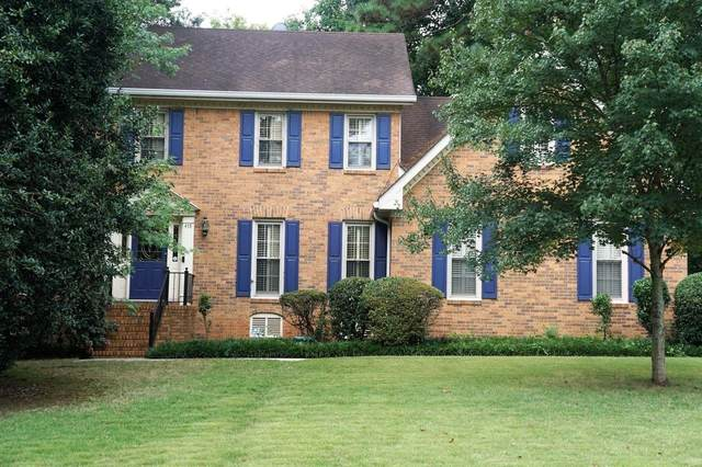 415 Brookshire Drive SW, Lilburn, GA 30047 (MLS #9051508) :: The Cole Realty Group