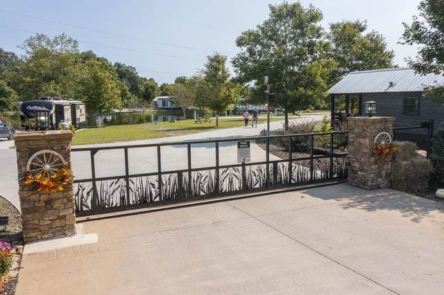 LT 127 Mountain Meadows Drive, Morganton, GA 30560 (MLS #9053293) :: Buffington Real Estate Group