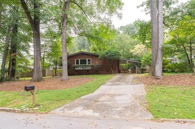 1161 Greenbriar Circle, Decatur, GA 30033 (MLS #9055475) :: Scott Fine Homes at Keller Williams First Atlanta