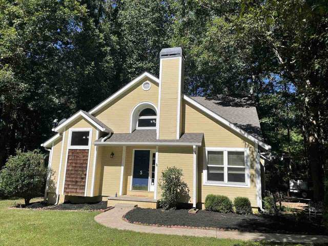5 Oak Ridge Drive, Sharpsburg, GA 30277 (MLS #9056683) :: Rettro Group