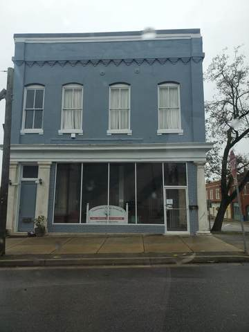 108 E Washington Street, Monticello, GA 31064 (MLS #9057088) :: Rettro Group