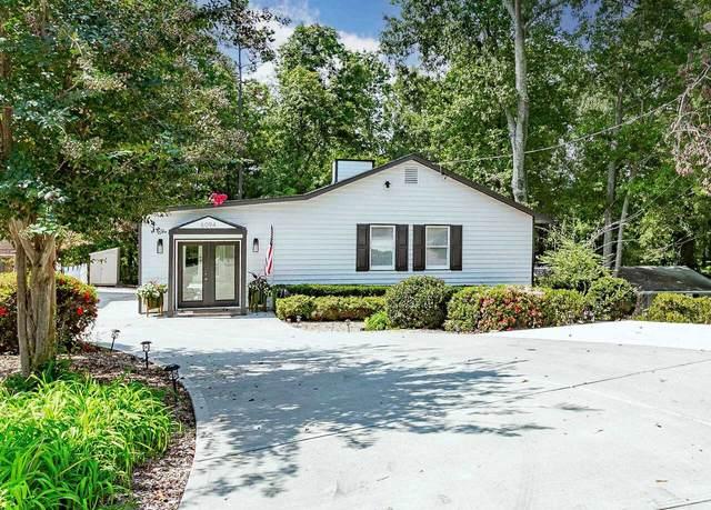 6094 Lake Lanier Heights Road, Buford, GA 30518 (MLS #9059607) :: Buffington Real Estate Group
