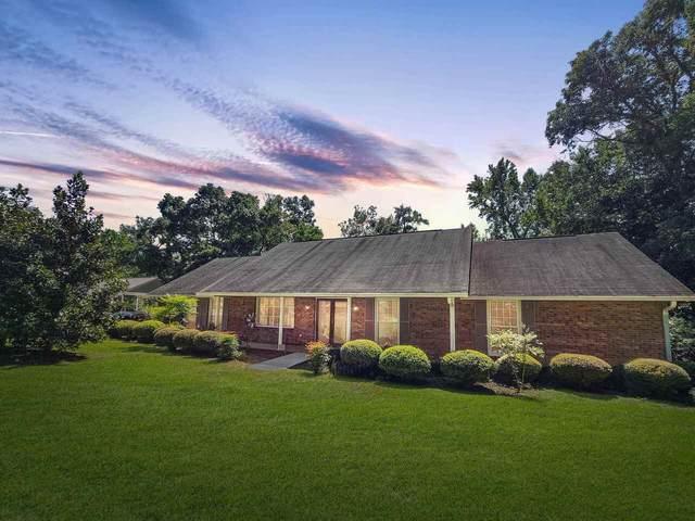 29 Country Club Drive, Hawkinsville, GA 31036 (MLS #9063217) :: Crown Realty Group