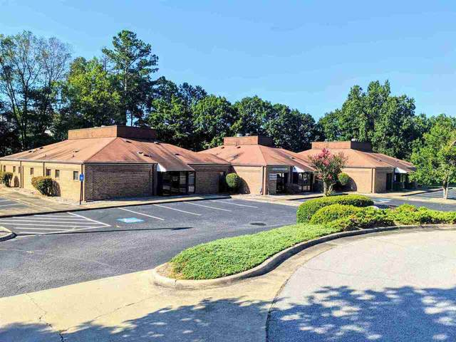 660 Lanier Park Drive, Gainesville, GA 30501 (MLS #9066440) :: Cindy's Realty Group