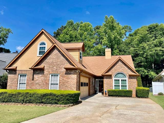 345 Fairway Court, Newnan, GA 30265 (MLS #9067874) :: EXIT Realty Lake Country