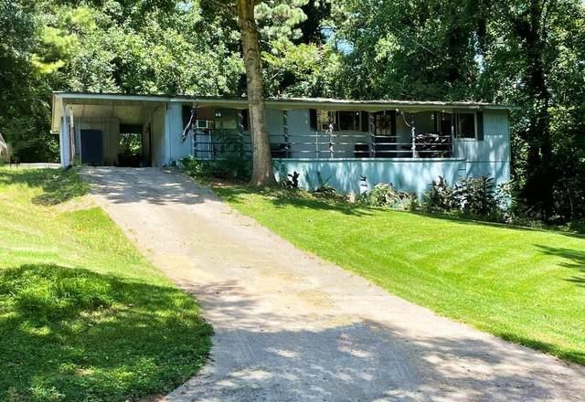 300 Nottingham Drive, Woodstock, GA 30188 (MLS #9068915) :: Rettro Group