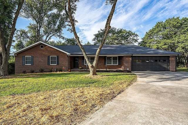 889 Martins Chapel Road, Lawrenceville, GA 30045 (MLS #9069820) :: The Cole Realty Group