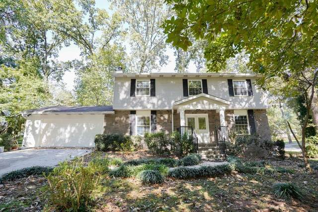 2453 Regal Court, Lawrenceville, GA 30044 (MLS #9069850) :: The Cole Realty Group