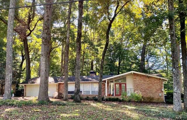 2415 Woodleaf, Decatur, GA 30033 (MLS #9072321) :: Crest Realty