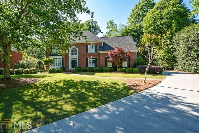 5157 Brooke Farm Dr, Dunwoody, GA 30338 (MLS #8782641) :: Bonds Realty Group Keller Williams Realty - Atlanta Partners