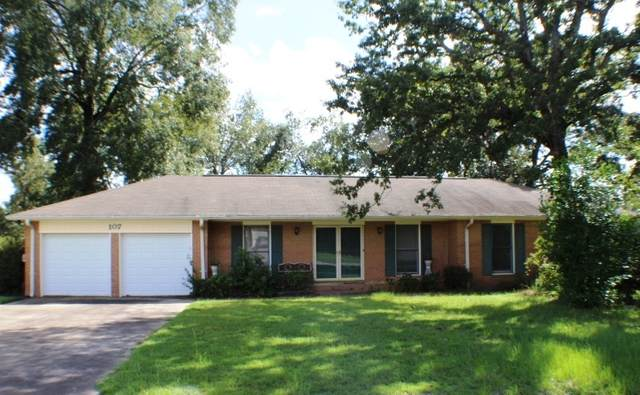 107 Springwood Dr, Warner Robins, GA 31088 (MLS #8849044) :: Tim Stout and Associates