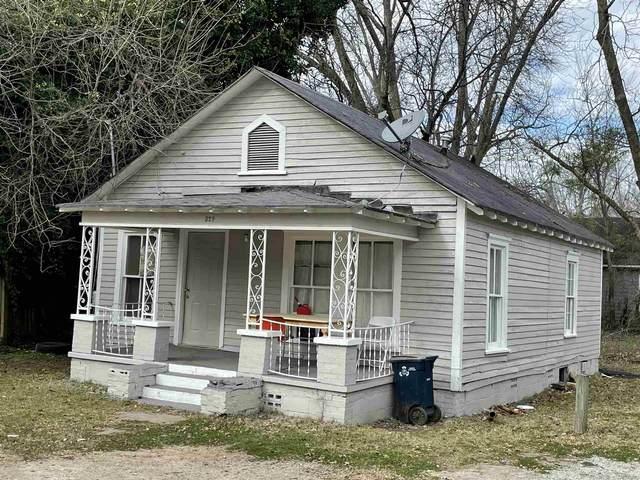 329 E Tinsley St, Griffin, GA 30223 (MLS #8865164) :: Rettro Group