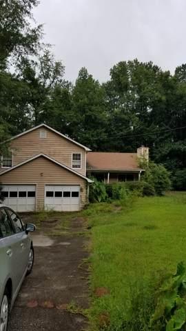 130 Lakeside Dr, Covington, GA 30016 (MLS #8871368) :: Crown Realty Group