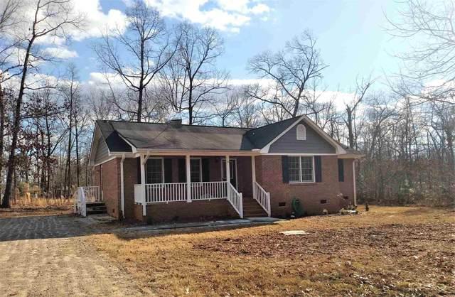 141 Red Leaf Rd, Hartwell, GA 30643 (MLS #8912389) :: AF Realty Group