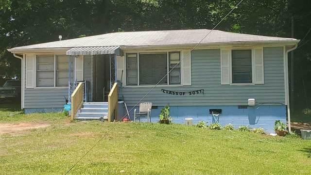 117 Lake Drive, Griffin, GA 30223 (MLS #8995678) :: The Heyl Group at Keller Williams