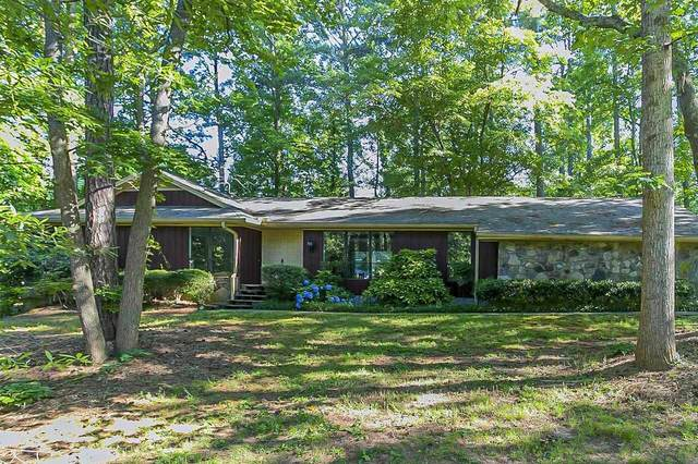 522 Laura, Kennesaw, GA 30144 (MLS #9001850) :: The Realty Queen & Team