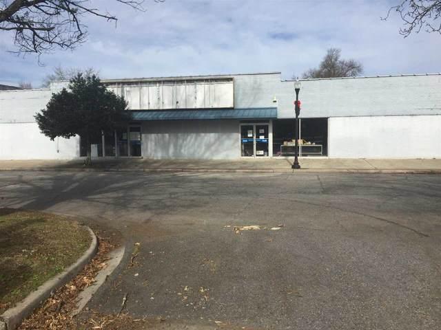 301 E Church Street, Fort Valley, GA 31030 (MLS #9013230) :: Rettro Group