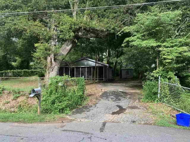 2201 Wells Drive, Smyrna, GA 30080 (MLS #9014583) :: Cindy's Realty Group