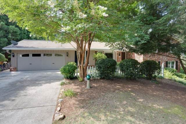 3956 Clubland Drive, Marietta, GA 30068 (MLS #9028987) :: Crown Realty Group
