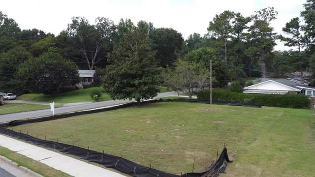 568 N Thomas Lane, Smyrna, GA 30082 (MLS #9043285) :: Crown Realty Group
