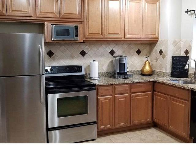 300 Peachtree Street 11A, Atlanta, GA 30308 (MLS #9045047) :: Crown Realty Group