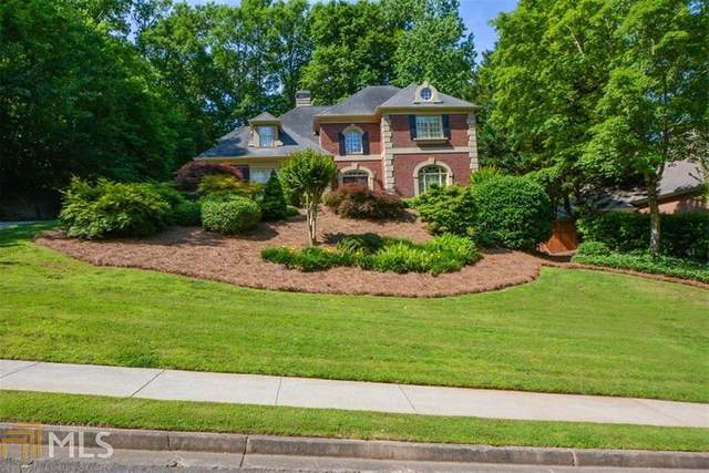 445 Abbeywood Dr, Roswell, GA 30075 (MLS #8793238) :: Buffington Real Estate Group