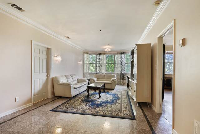2499 Peachtree Rd #402, Atlanta, GA 30305 (MLS #8892249) :: Maximum One Greater Atlanta Realtors