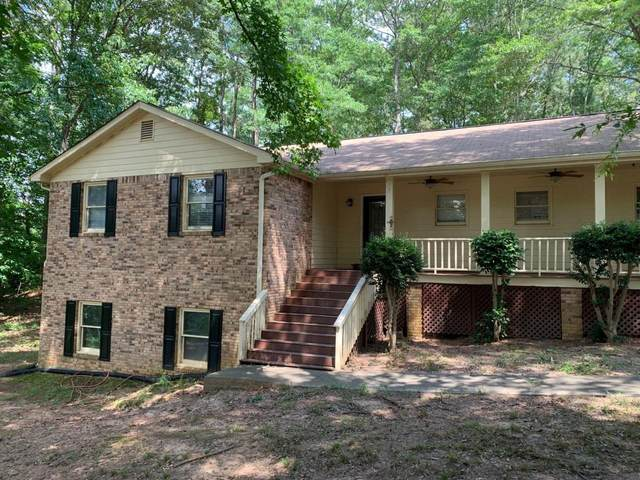 1994 Rockdale Circle, Snellville, GA 30078 (MLS #8997950) :: The Realty Queen & Team