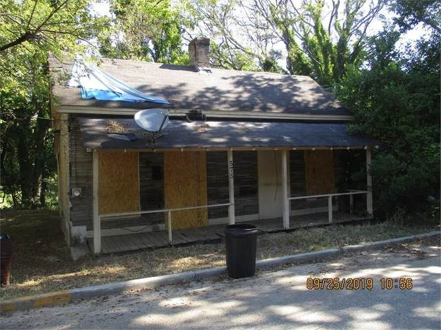 581 Wyche Street, Macon, GA 31206 (MLS #9003596) :: The Realty Queen & Team