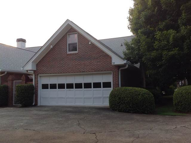 717 Simmons Street, Gainesville, GA 30501 (MLS #9020769) :: Cindy's Realty Group