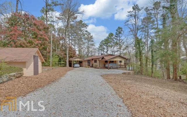 221 Hugh Dorsey Rd, Hartwell, GA 30643 (MLS #8346935) :: Keller Williams Realty Atlanta Partners