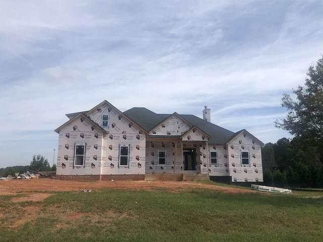 505 Alcovy Lakes Drive, Monroe, GA 30656 (MLS #9007349) :: Rettro Group