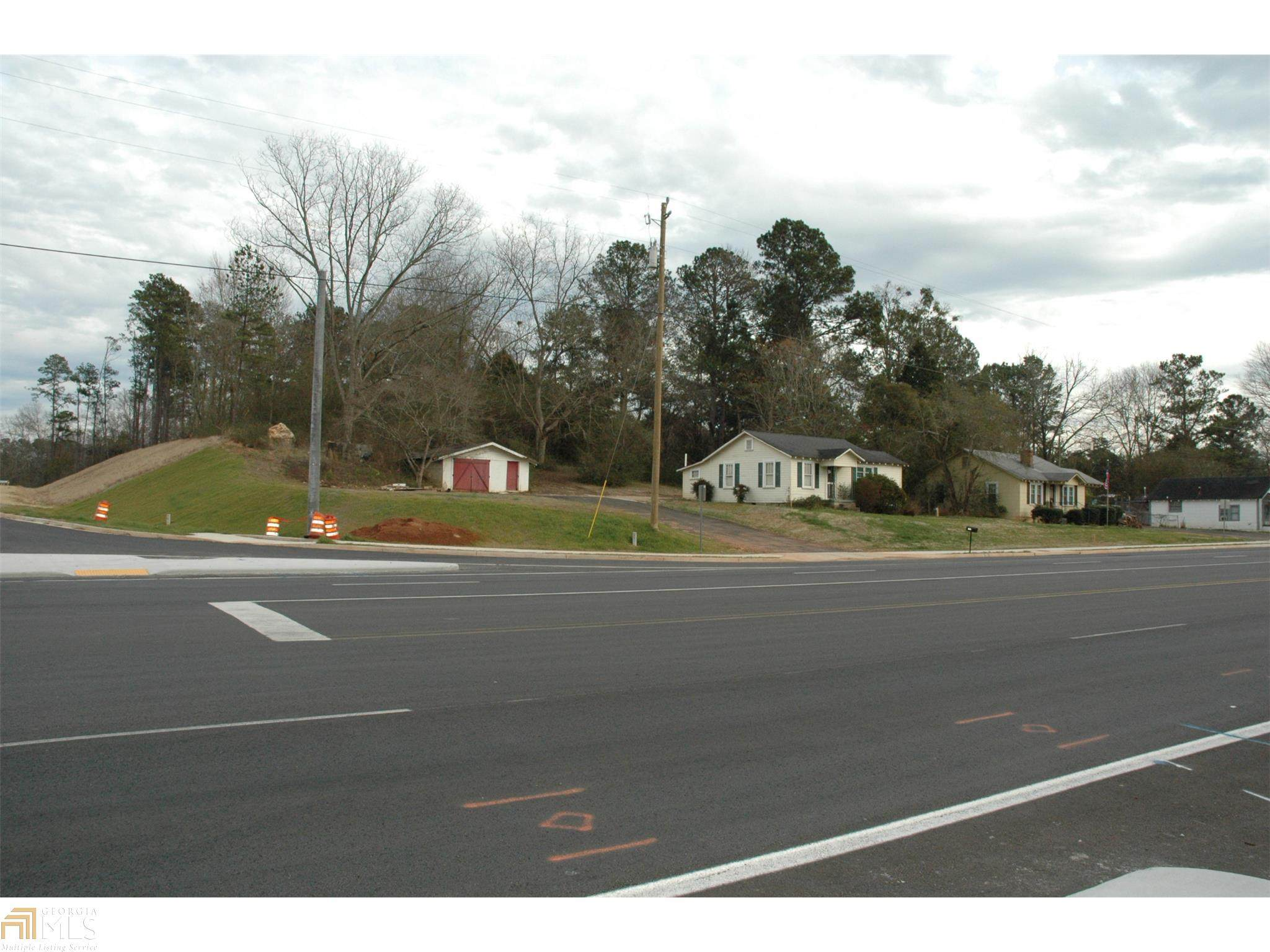 1312 New Franklin Rd - Photo 1
