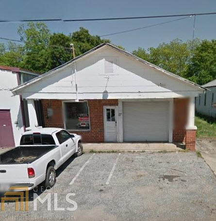 164 Lee St - Photo 1