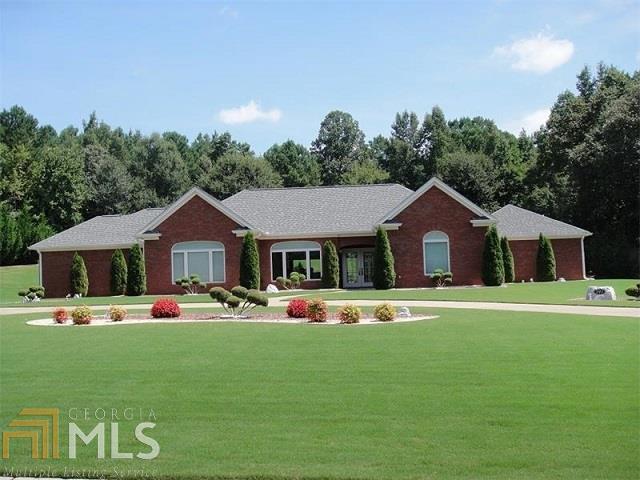 191 Antrim Glen Rd, Hoschton, GA 30548 (MLS #8227372) :: Bonds Realty Group Keller Williams Realty - Atlanta Partners