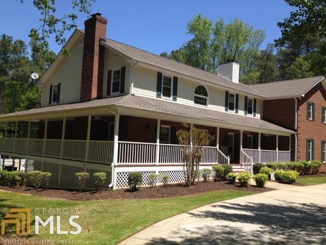 215 Porter Rd, Fayetteville, GA 30215 (MLS #8229310) :: Maximum One Main Street Realtor