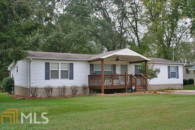5561 Waterwood Drive, Gainesville, GA 30506 (MLS #8274358) :: The Holly Purcell Group