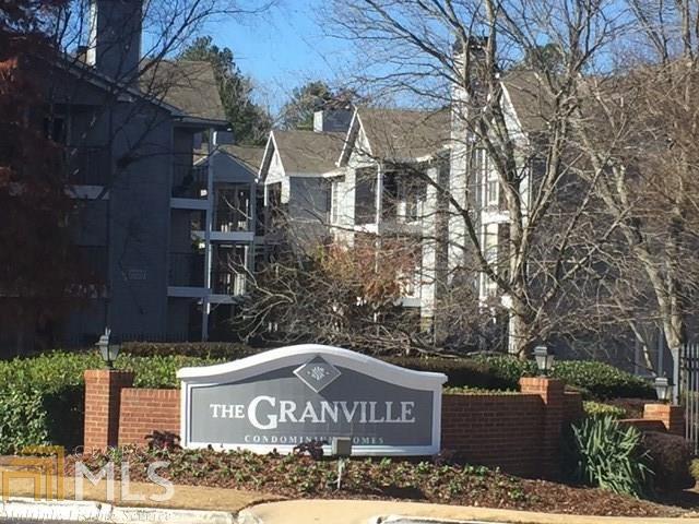 425 Granville Ct, Sandy Springs, GA 30328 (MLS #8298630) :: Keller Williams Atlanta North