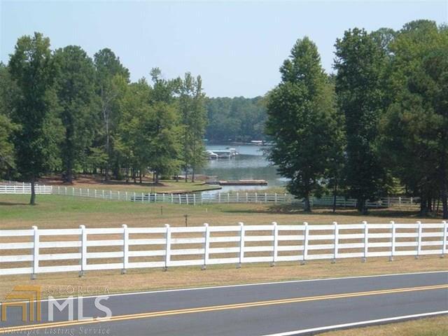 148 Reynolds Dr, Eatonton, GA 31024 (MLS #8304004) :: Bonds Realty Group Keller Williams Realty - Atlanta Partners