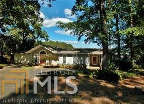 2405 Edgewater Rd, Cumming, GA 30041 (MLS #8312134) :: Bonds Realty Group Keller Williams Realty - Atlanta Partners