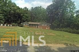 8496 Hilltop, Jonesboro, GA 30236 (MLS #8316268) :: Bonds Realty Group Keller Williams Realty - Atlanta Partners