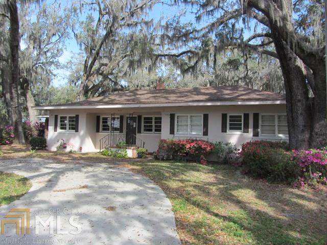 1919 Walnut, Brunswick, GA 31520 (MLS #8321598) :: Bonds Realty Group Keller Williams Realty - Atlanta Partners