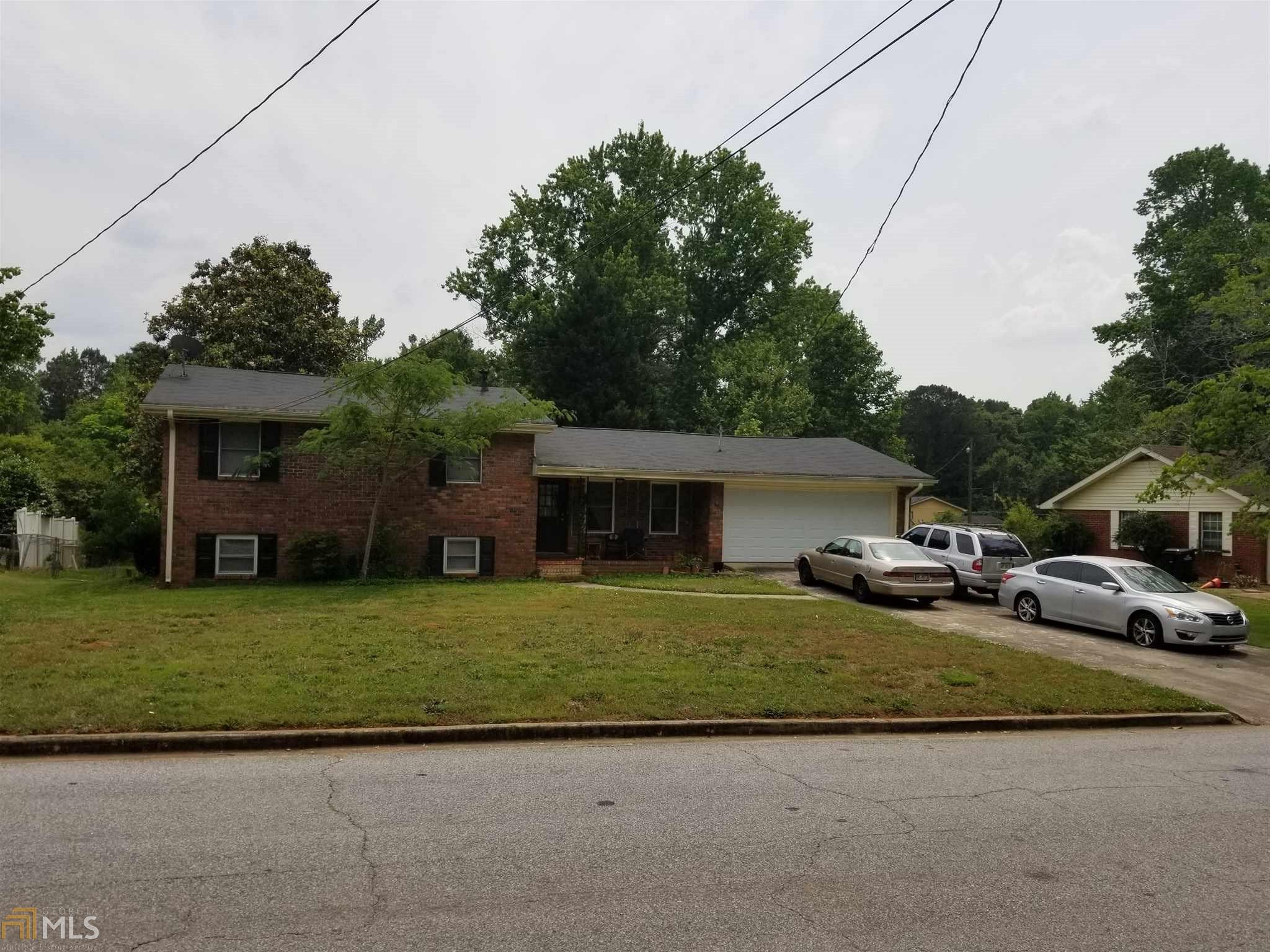 1745 Charles Ave, Jonesboro, GA 30236 (MLS #8341400) :: Bonds Realty Group Keller Williams Realty - Atlanta Partners