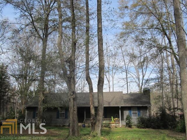 1010 Apalachee Ct, Buckhead, GA 30625 (MLS #8347297) :: The Holly Purcell Group
